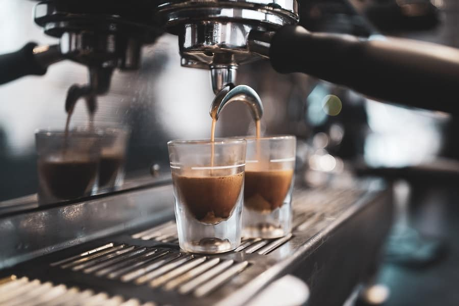 Types of Coffee Drinks - Espresso based Black Coffee - CoffeeHow.co